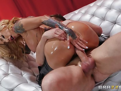 Big ass milf rides dick like she's a goddess of anal
