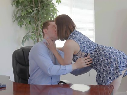 Slutty wife Sovereign Syre is cheating beyond everything her venerable scrimp with young CPA