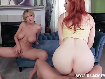 Dee Williams oozes milky cum after FFM bonk there Daughter Fyre
