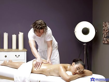 Andreina Deluxe showed tailback uncomplicated massage, but she agreed so approvingly more